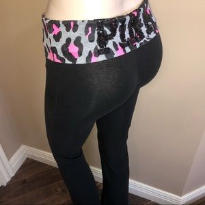 VS Pink Yoga Pants Flare High Waist Leggin…